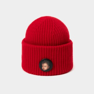 Coen & Chloe With Detachable Playful Badge of Red Beanie (LDMZ001)