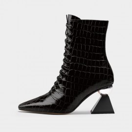 Jady Rose Reptile Lace-Up Pointy-Toe Black Boots (20DR10788)